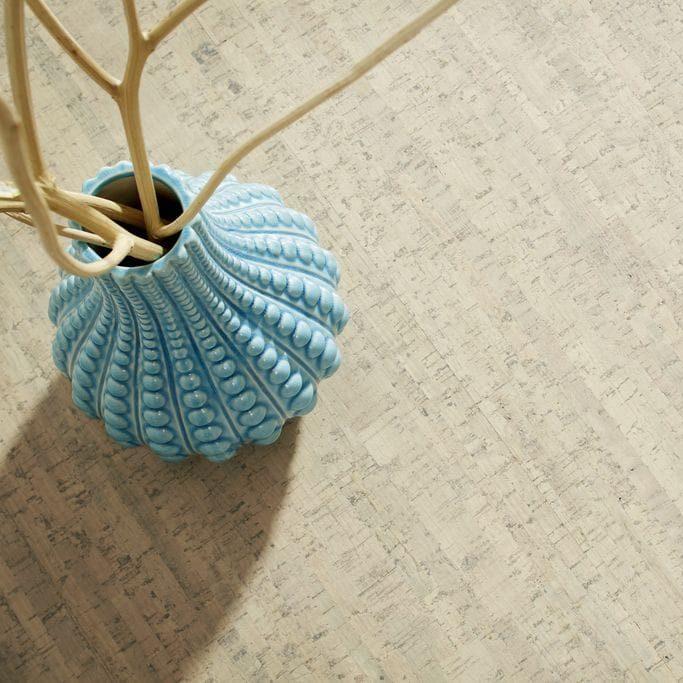 Kork Fußboden mit Vase